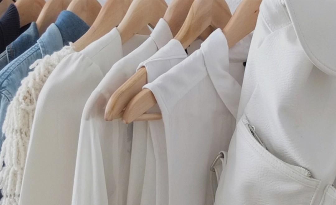 a78577ef7ccece Zum Öko wird sie durch ihr Projekt ein Jahr lang nur faire Kleidung und Second  Hand Mode ...