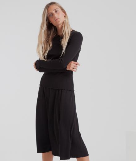 Thinking MU Mae Long Rib Skirt black