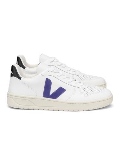 VEJA V-10 Leather