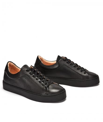 NINE TO FIVE Laced Sneaker #Boi Black star