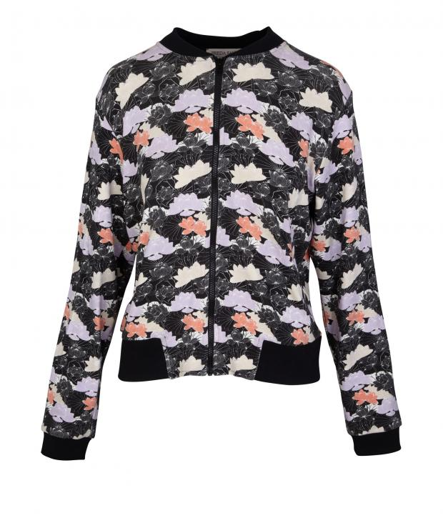 Nuria Bomber flowers from Glore