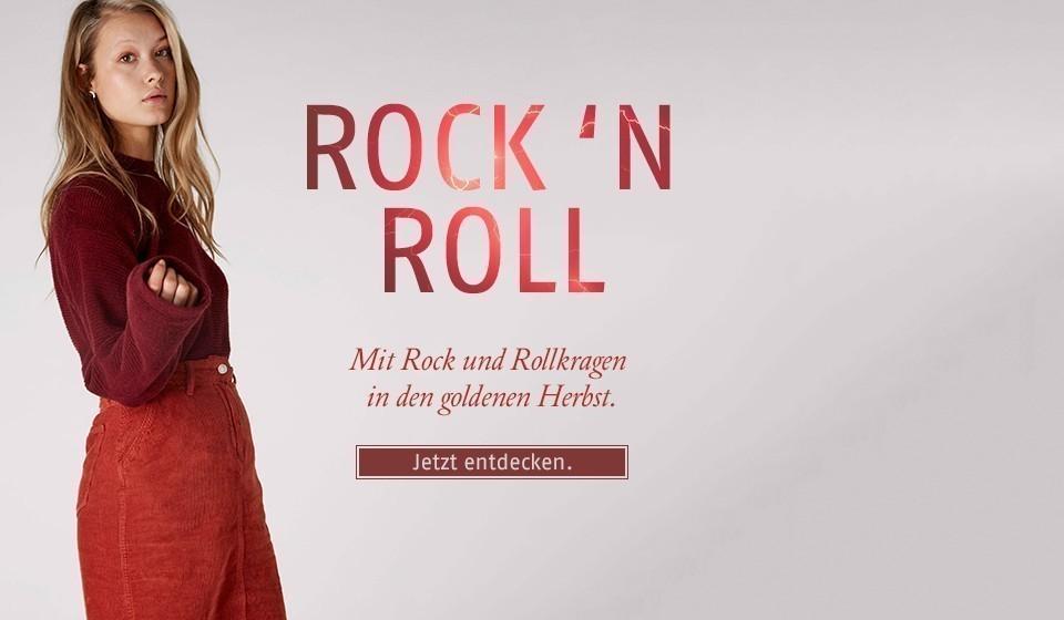 Mit Rock und Rollkragen in den goldenen Herbst.